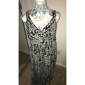 Long black and white dress size 12